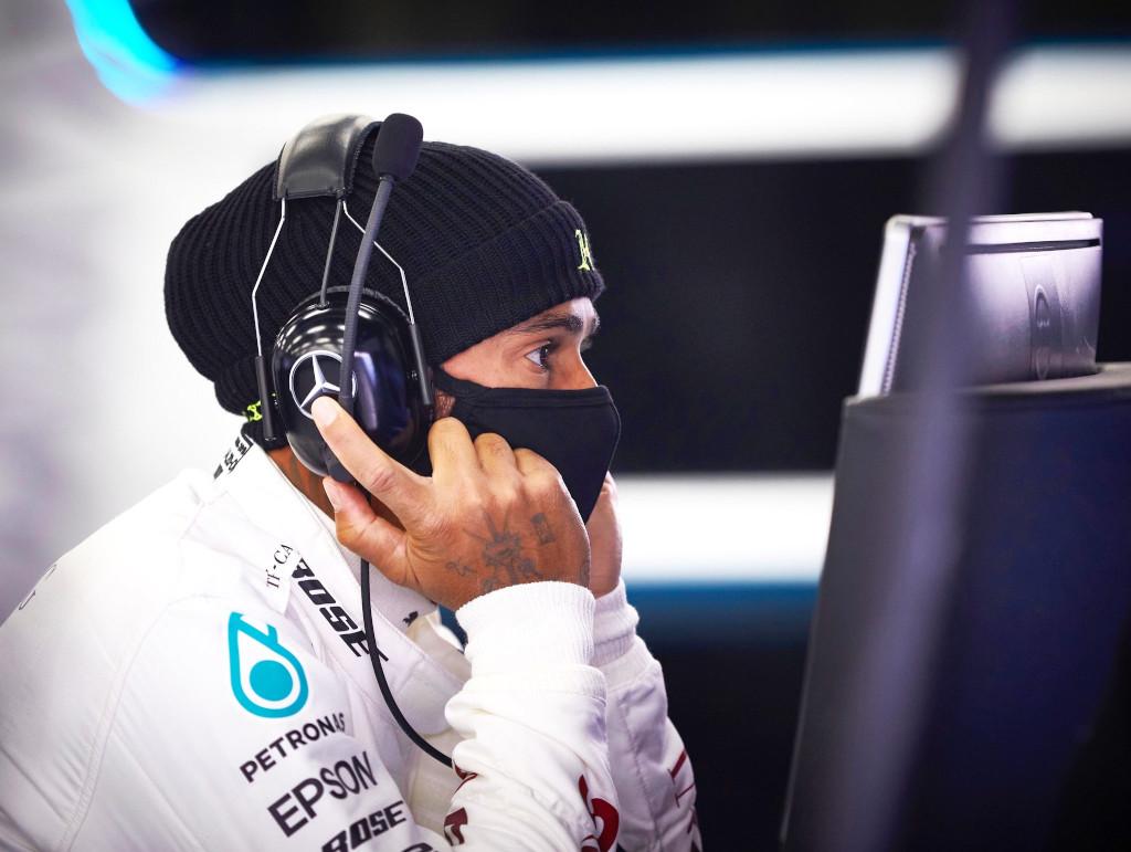 Lewis-Hamilton-facemask