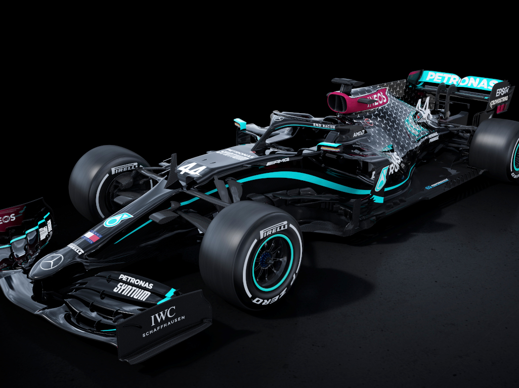 Mercedes to race in all-black livery