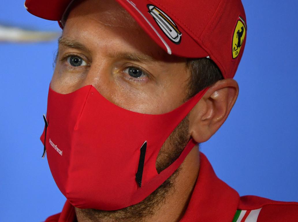 Sebastian Vettel mask pa