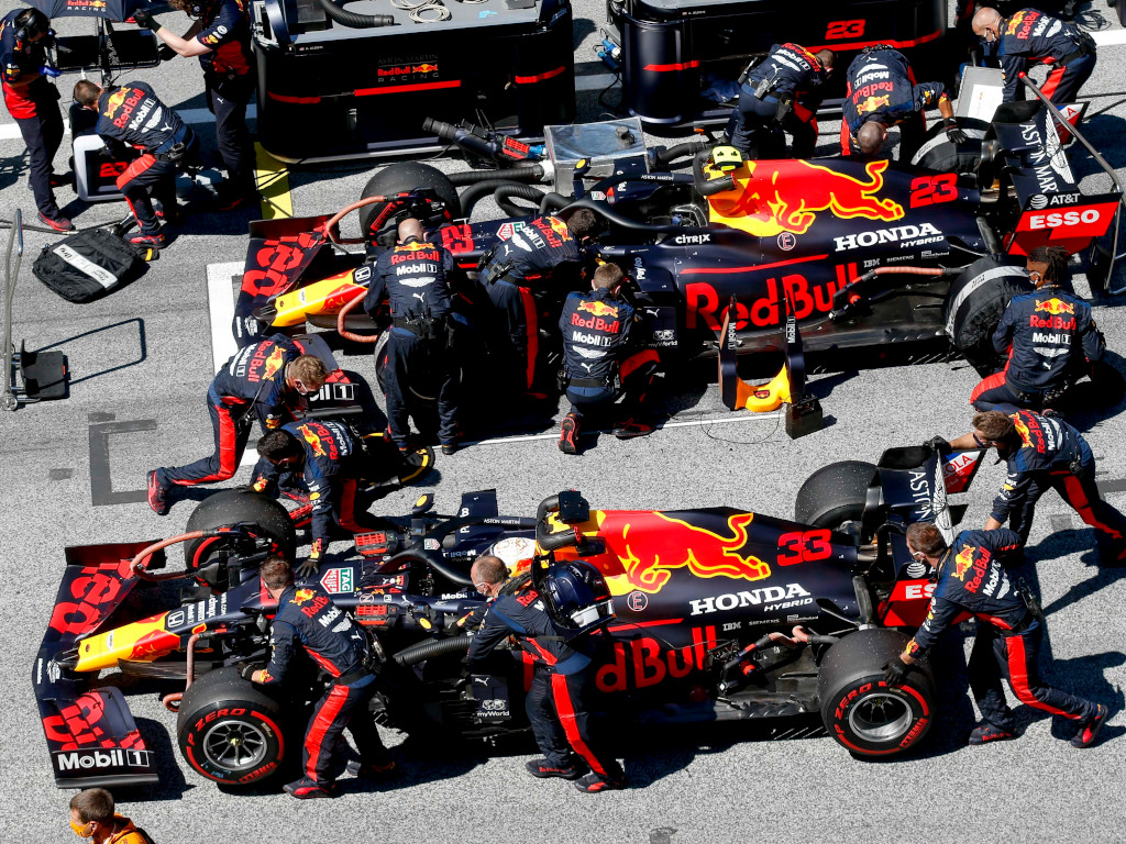 Red Bull And Honda Call Emergency Meeting F1 News By Planetf1