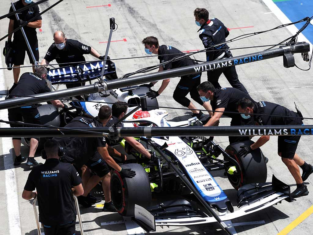 "Working remotely away from circuits during race weekends is ""phenomenally difficult"", according to Williams head of vehicle performance Dave Robson."