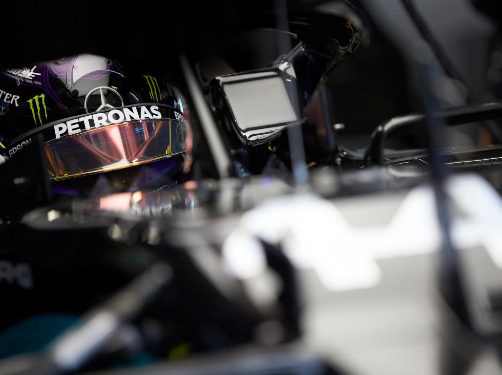 Lewis-Hamilton-blurred-44