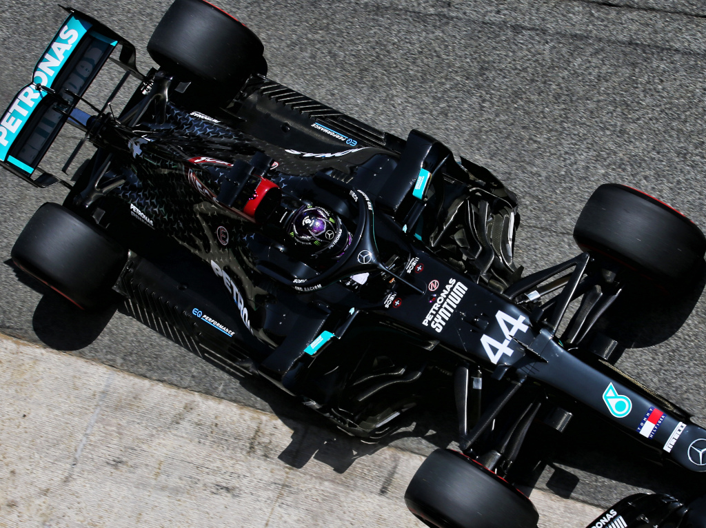 Qualy: Lewis Hamilton books 150th front row start with pole