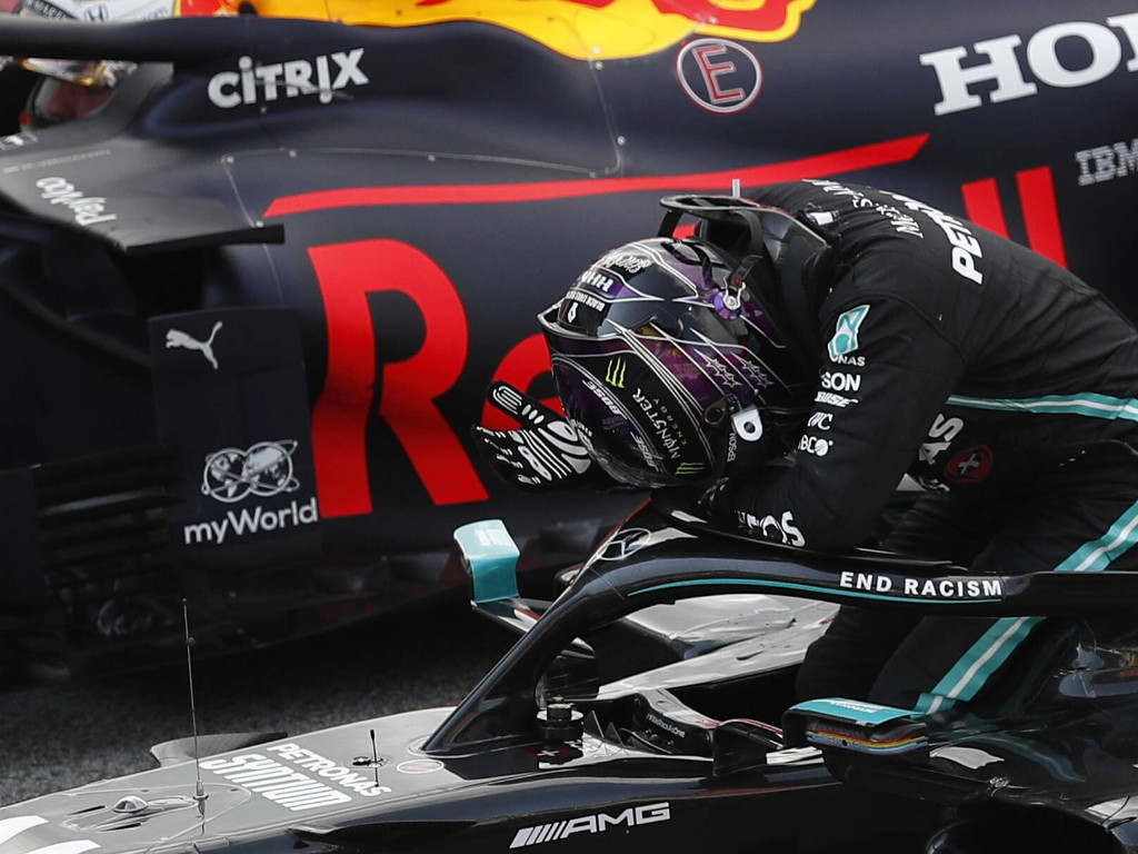 Mercedes Red Bull PA