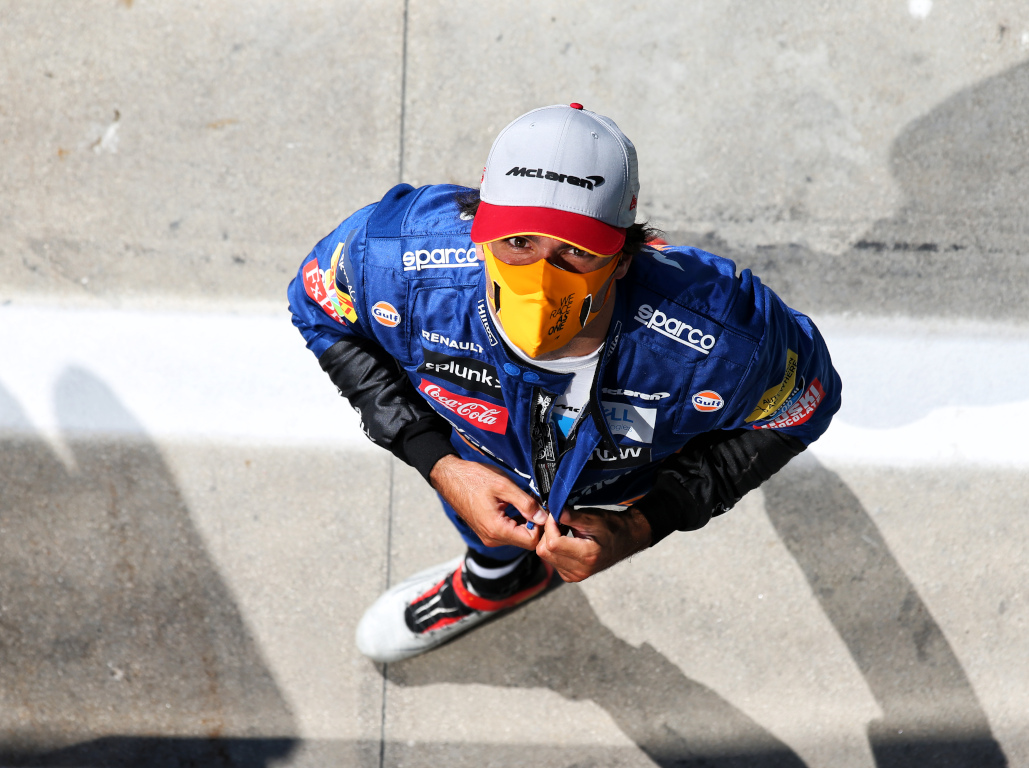 Carlos Sainz looks up