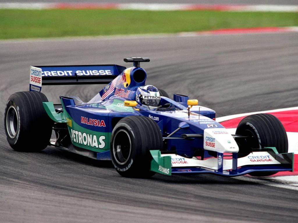 Kimi Raikkonen driving for Sauber in 2001