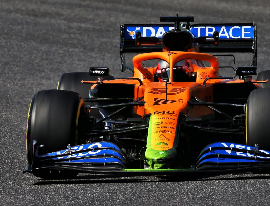 Carlos Sainz Jr (ESP) McLaren MCL35 - front wing.