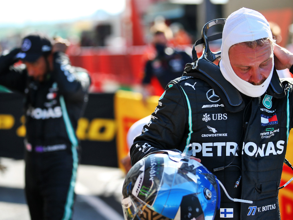 Valtteri-Bottas-Lewis-Hamilton-PA1
