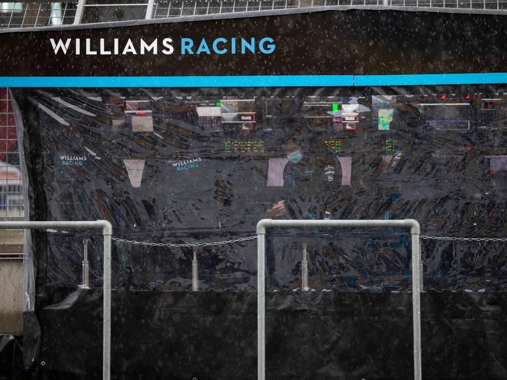 Williams pit wall