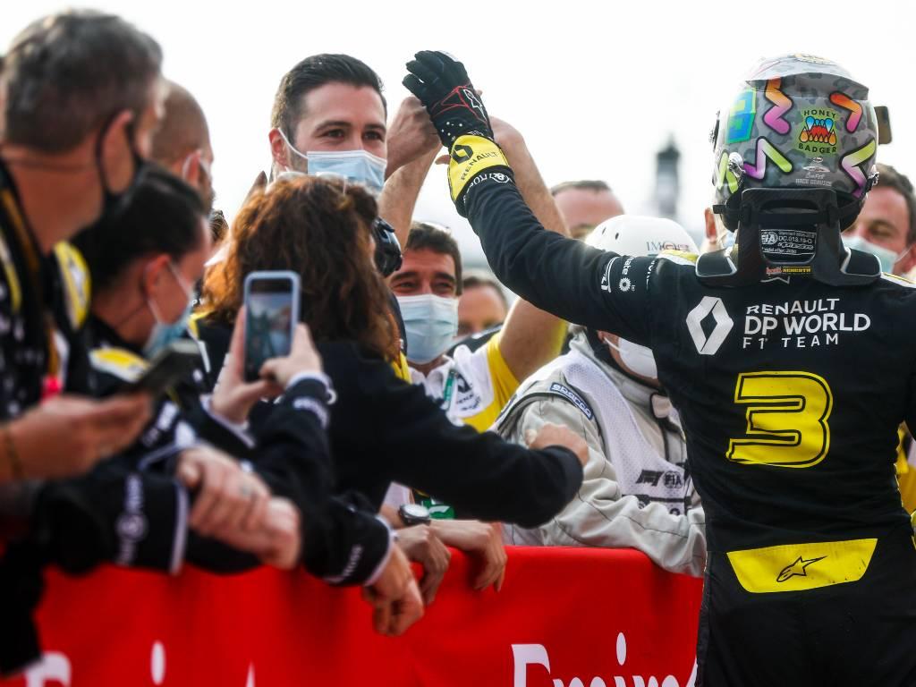 Daniel Ricciardo and the Renault team