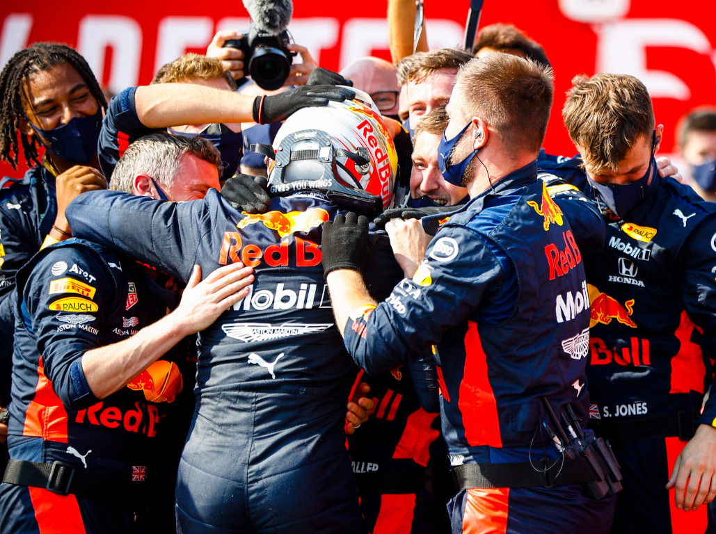 Max Verstappen celebrates.jpg