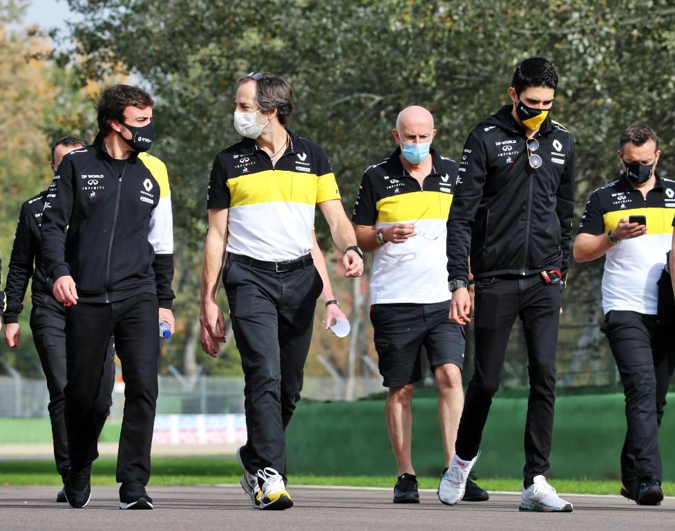 Fernando Alonso and Esteban Ocon during a Renault track walk