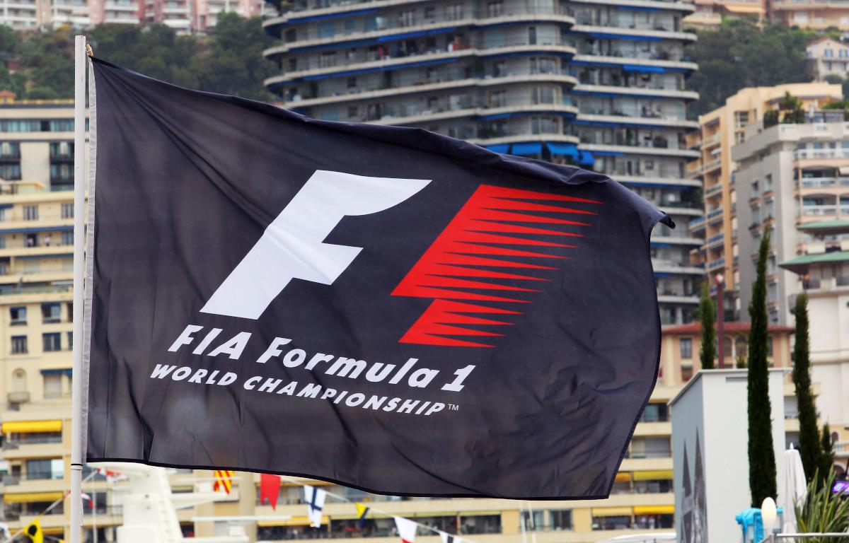 F1 flag PA