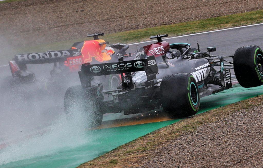 Max Verstappen and Lewis Hamilton lap 1 Imola