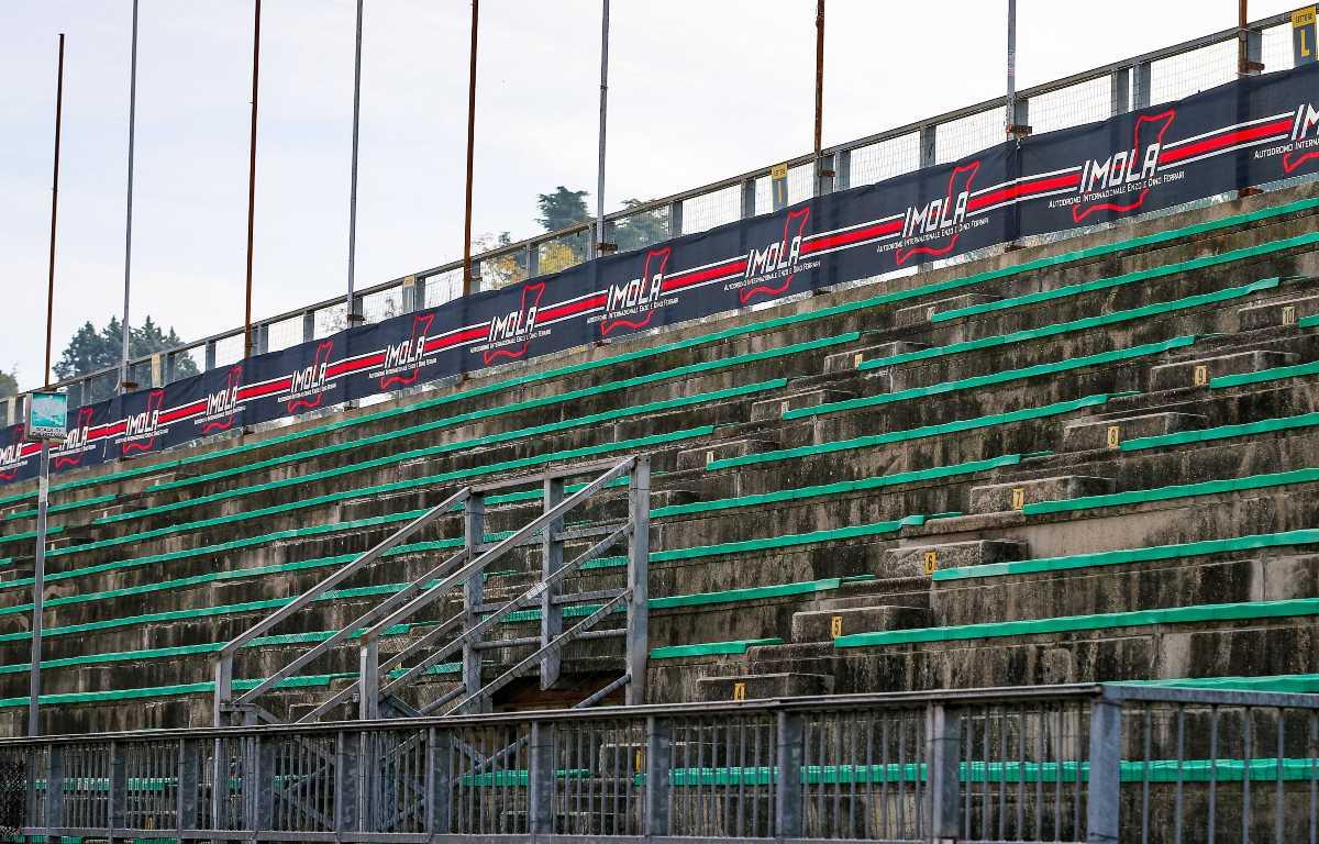 Imola empty stand