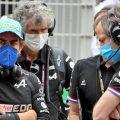 Fernando Alonso and Alpine engineers