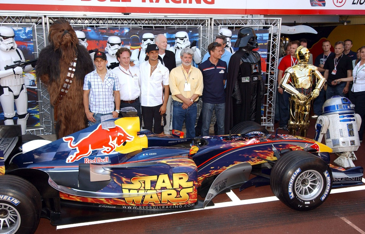Voiture Red Bull Star Wars