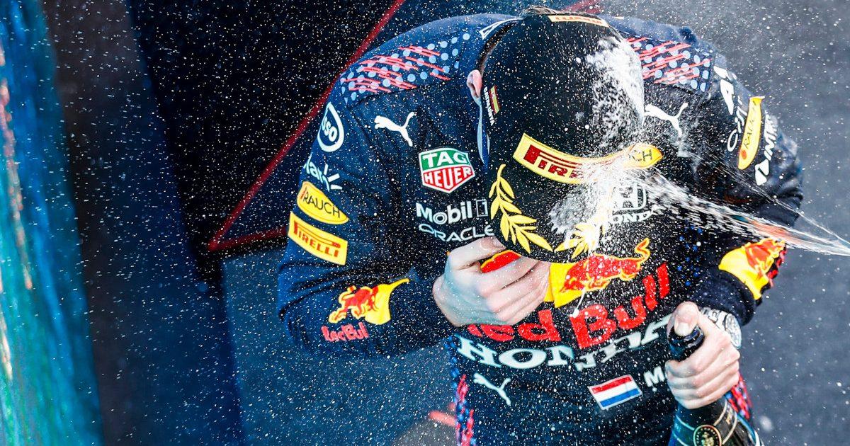 Max Verstappen champagne