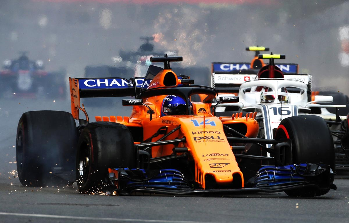 Fernando Alonso Baku 2018 puncture McLarenPA
