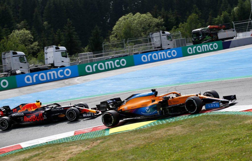 Daniel Ricciardo, McLaren, Sergio Perez, Red Bull