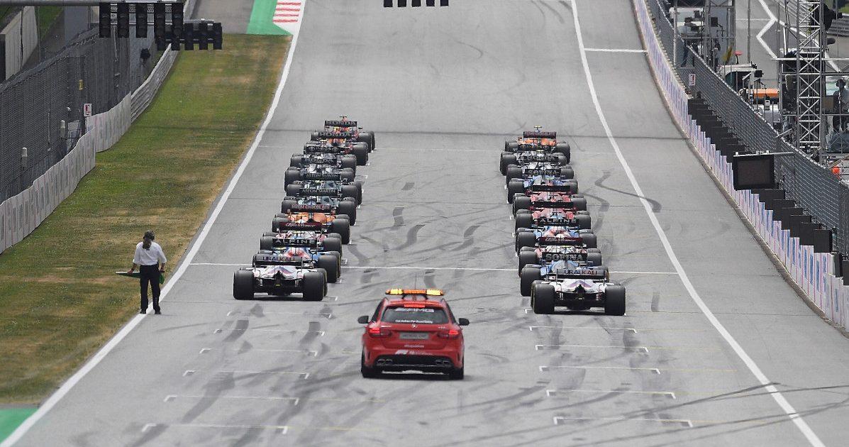 F1 race start