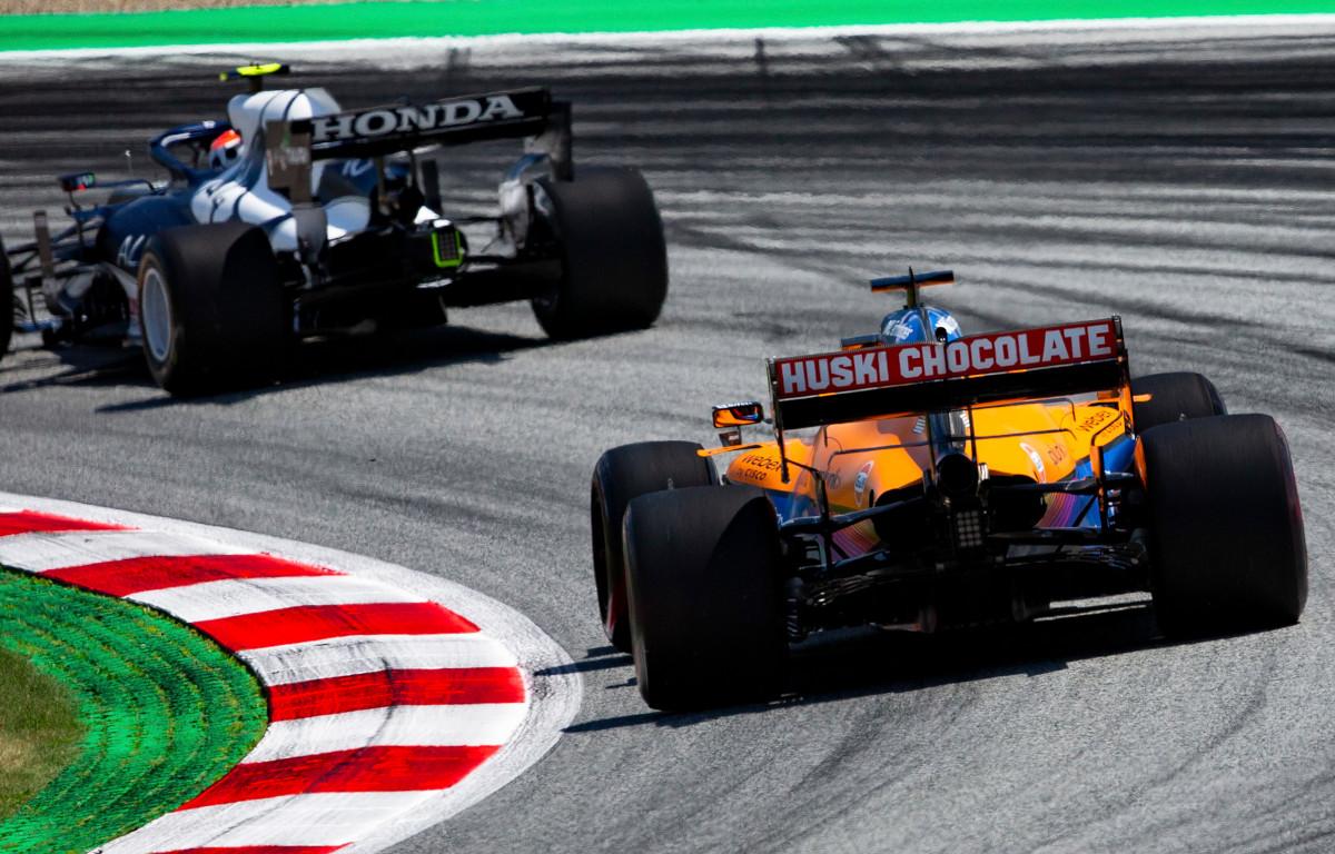 Daniel Ricciardo chasing an AlphaTauri