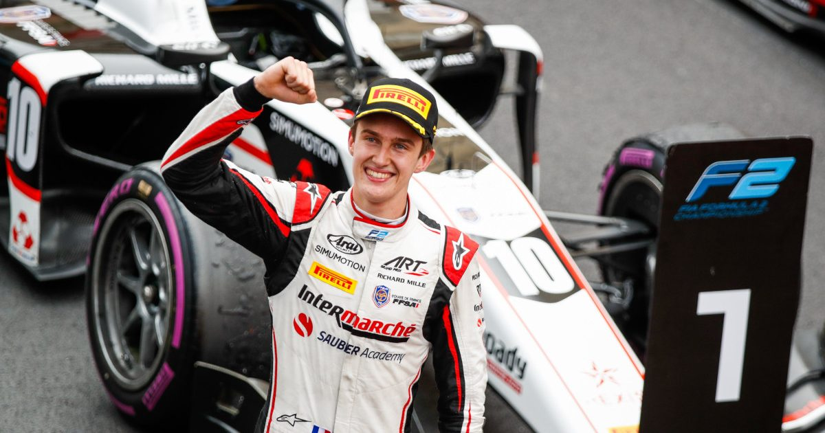 Theo Pourchaire celebrates a Formua 2 victory. Monaco 2021.