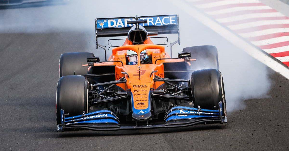 Daniel Ricciardo McLaren front tyre lock-up. Hungary August 2021.
