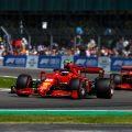 Carlos Sainz和Charles Leclerc在英国大奖赛期间。英国7月2021年