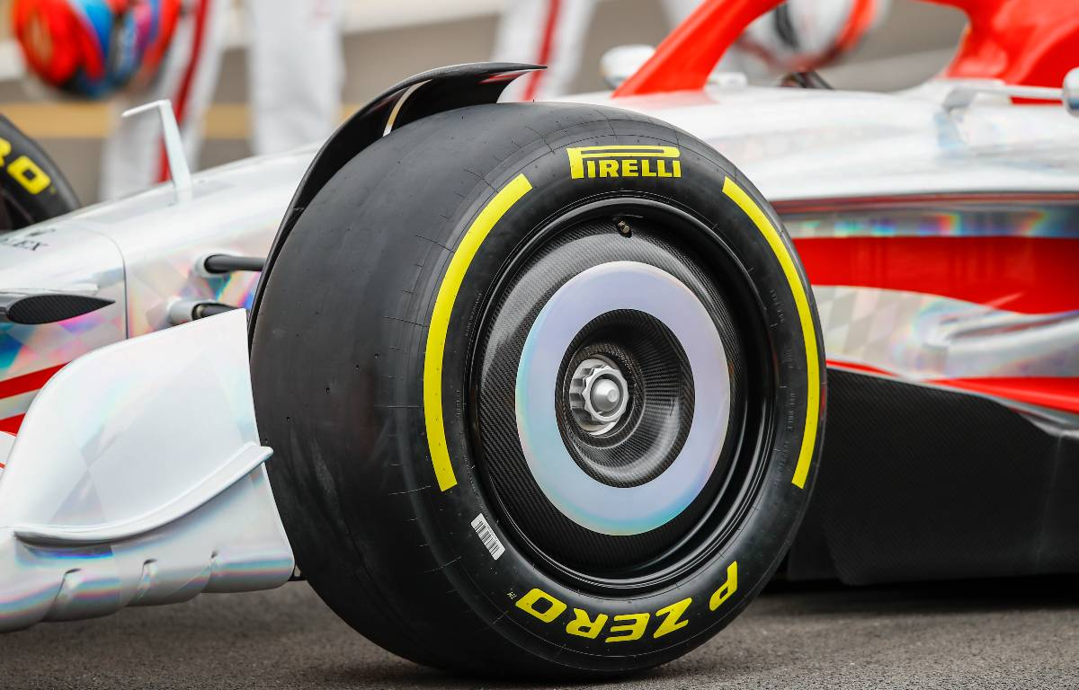 Sebastian Vettel 'can't see the kerbs' with the 2022 tyres - PlanetF1