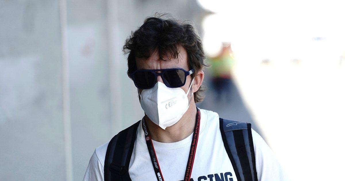 Fernando Alonso wearing his Kimoa-branded shirt. Hungary, July 2021.