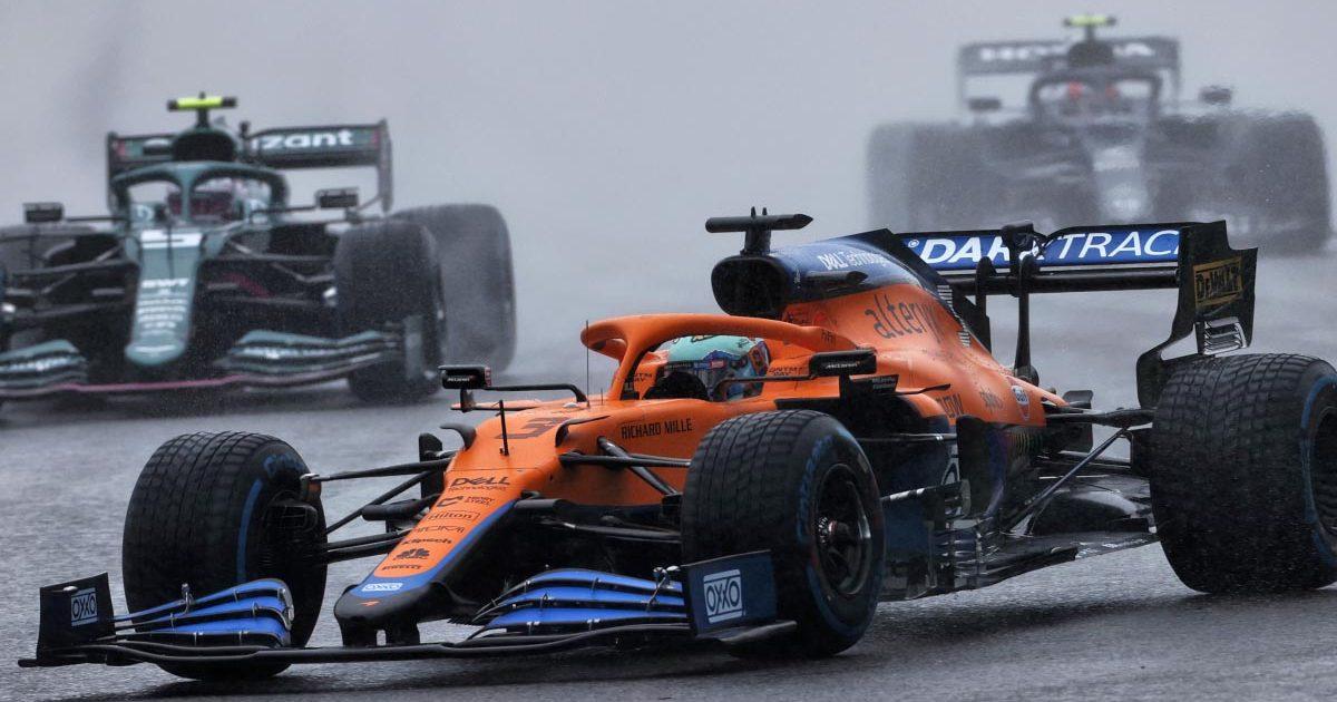 Daniel Ricciardo sets off in the wet at Spa