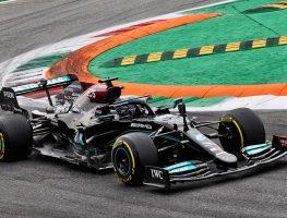 刘易斯·汉密尔顿在意大利大奖赛第一赛段。蒙扎2021年9月