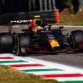 塞尔吉奥·佩雷斯在意大利大奖赛上的红牛。2021年9月蒙扎。