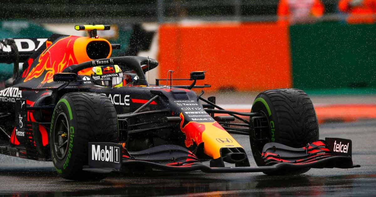 Sergio Perez drives in the wet at Sochi.
