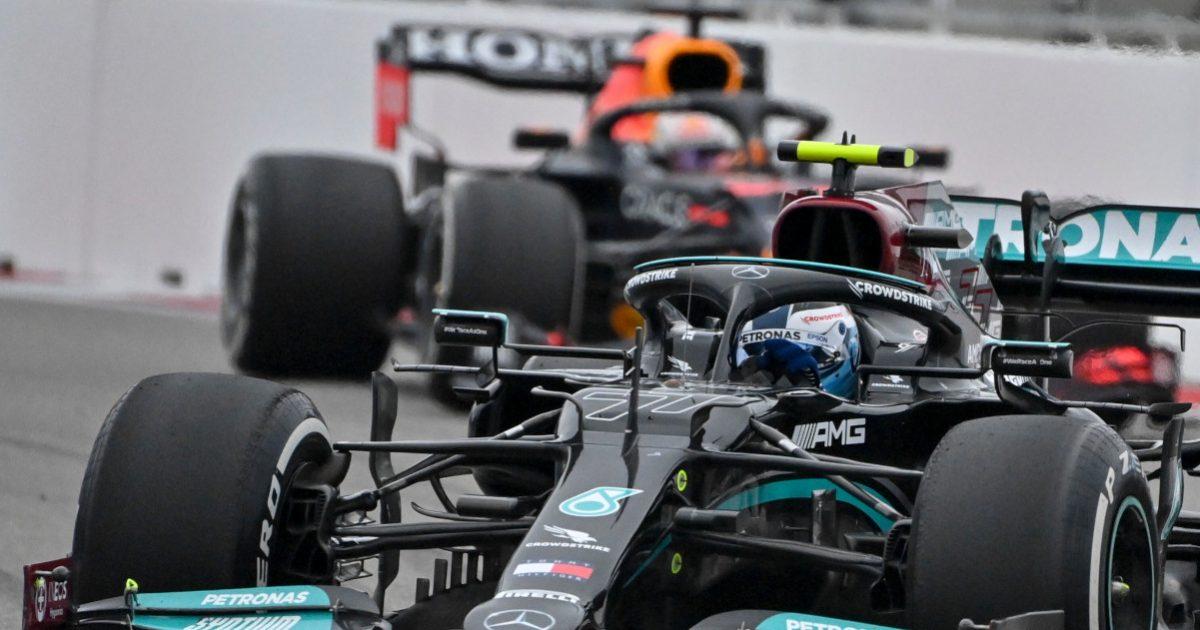 Valtteri Bottas in front of Max Verstappen. Russia September 2021