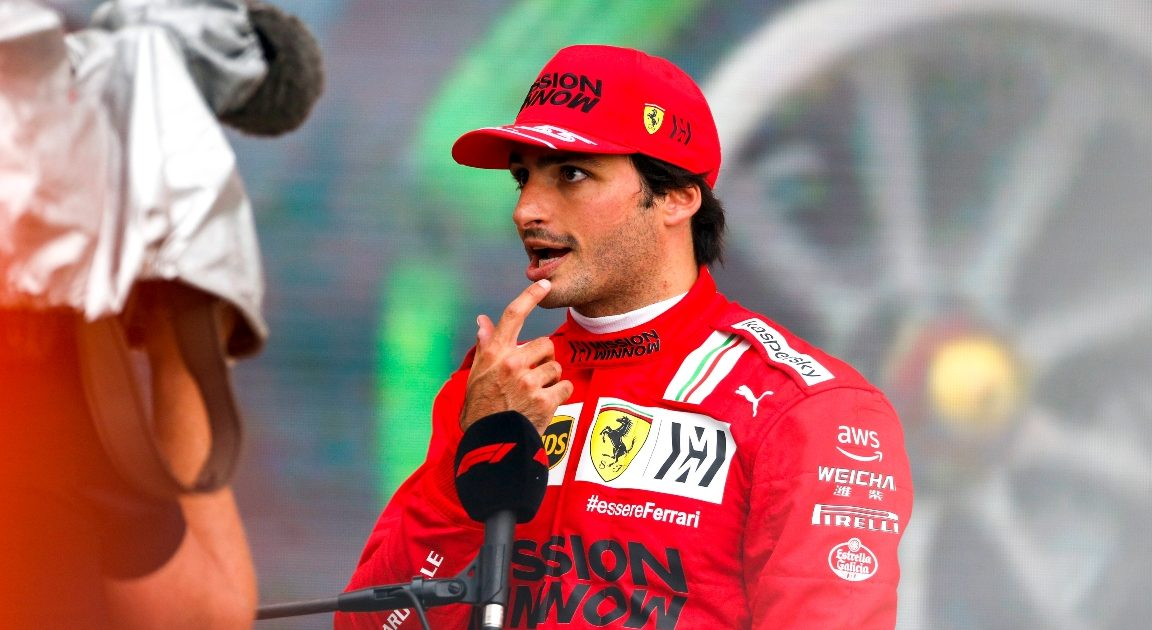 Carlos Sainz speaking to the media at Sochi. Russia September 2021