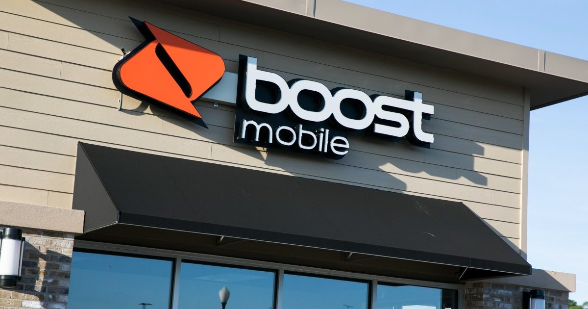 Boost Mobile logo on their relate store. June 2019.