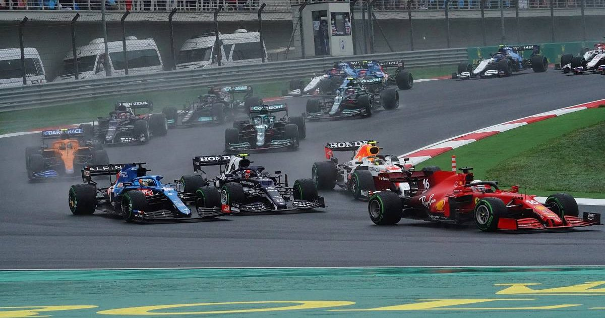 First corner of the Turkish Grand Prix. Istanbul October 2021.