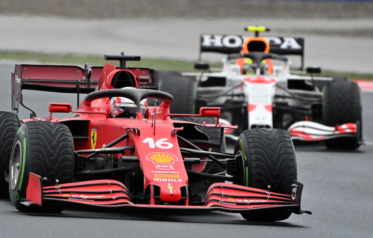 Charles Leclerc, Ferrari, ahead of Sergio Perez, Red Bull. Turkey October 2021