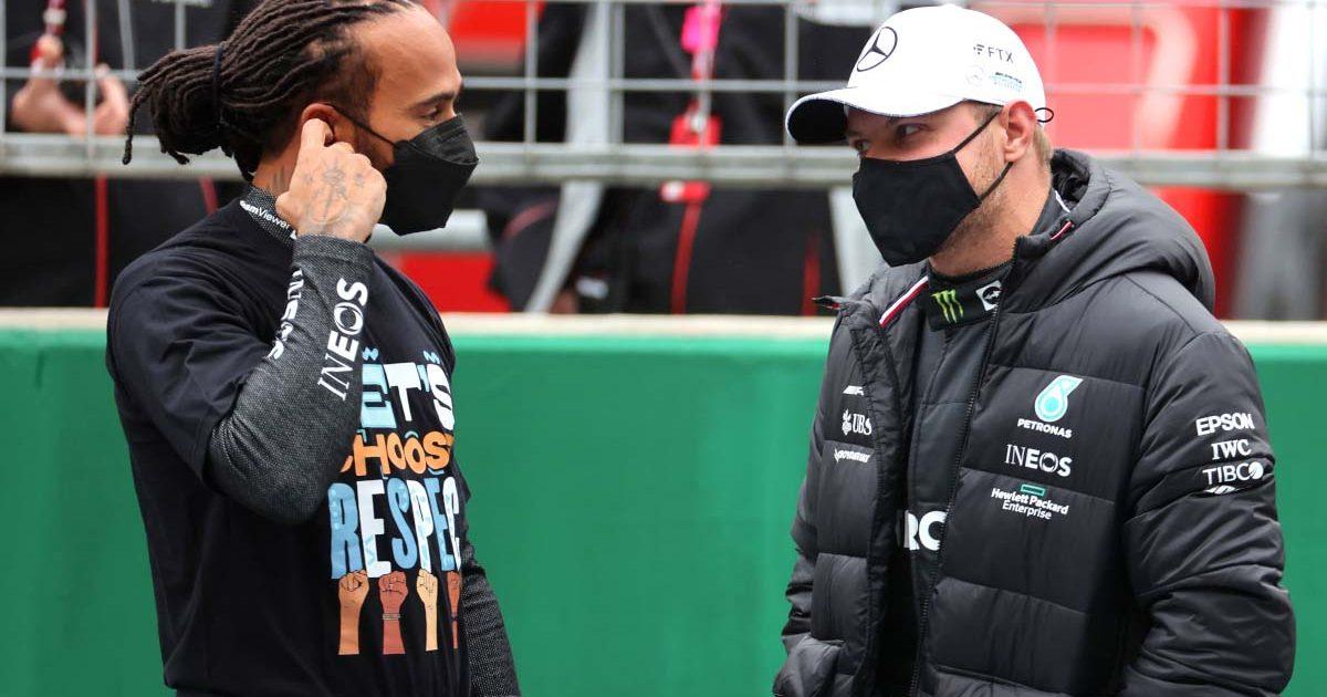Lewis Hamilton and Valtteri Bottas chat. Turkey October 2021.