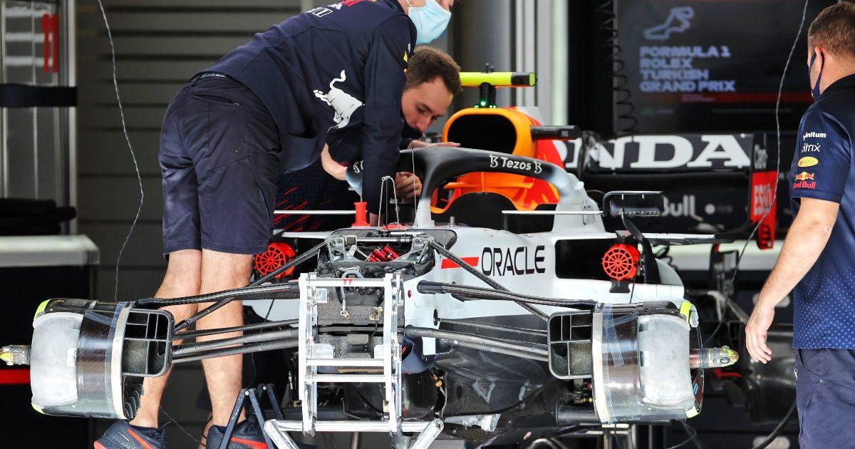 Red Bull staff preparing the car. Turkey October 2021